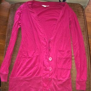 Long sleeved cardigan with pockets